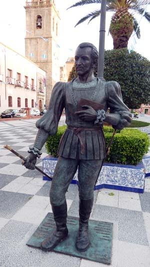 Estatua de Fernando de Rojas en Talavera de la Reina, de Juan Cantero (2016)