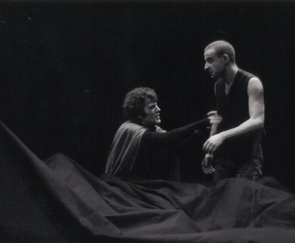 Representación del Theatre du Hangar, Morsang-sur-Orge, Francia, de Jurado (1984-86)<br />