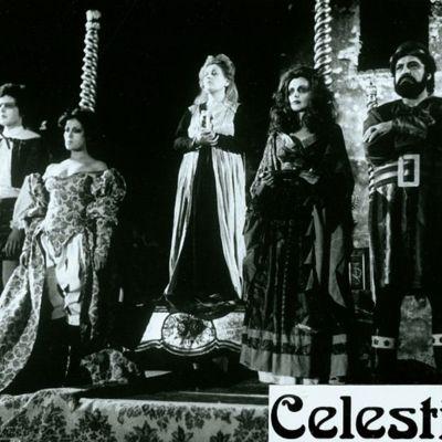 Fotocromo en blanco y negro de La Celestina de Sabido
