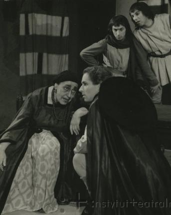 Representación del Teatry Ziemi Pomorskiej (scena Bydgoszcz), Bydgoszcz-Toruń, Polonia, de Chojnacka (1960)