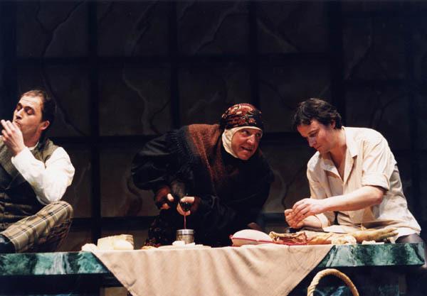 Representación del Teatro Margen, Oviedo, 2003