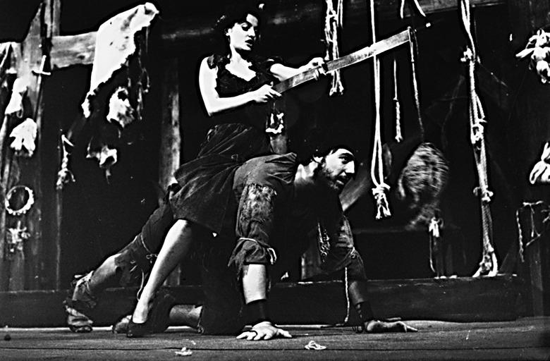 Representación del Teatro Sumperk, Chequia, de Hradil (1984)
