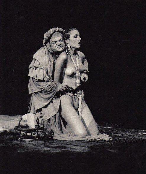 Representación de la Fundación Rajatabla, Gira 1987-1989