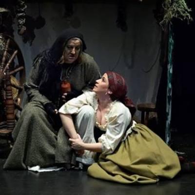 Representación del Teatro Municipal Reina Sofía, Benavente, 2010